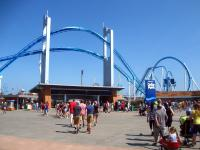 Front gates of Cedar Point